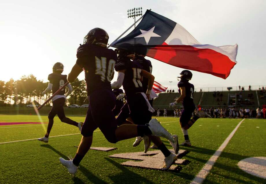 Montgomery takes the field before a non-district high school football game at Montgomery ISD Stadium, Thursday, Aug. 29, 2019, in Montgomery. Photo: Jason Fochtman, Houston Chronicle / Staff Photographer / Houston Chronicle