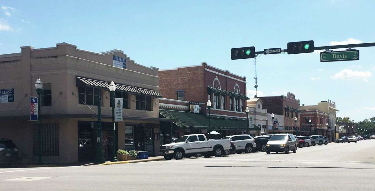 A look at the intersection of Main and Davis streets this week as the Carter Drug Store building, Capital Drug Store building and the West Building still remain on the block.
