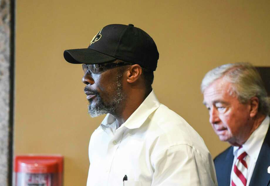 Calvin Walker walks out of a courtroom in the Jefferson County Courthouse Thursday. Photo taken on Thursday, 09/26/19. Ryan Welch/The Enterprise Photo: Ryan Welch, Beaumont Enterprise / The Enterprise / © 2019 Beaumont Enterprise