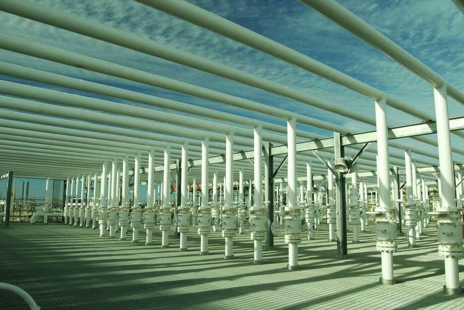 Enterprise Products Partners liquids storage facilities in Mont Belvieu, Texas. Photo: Enterprise Product Partners / Enterprise Product Partners