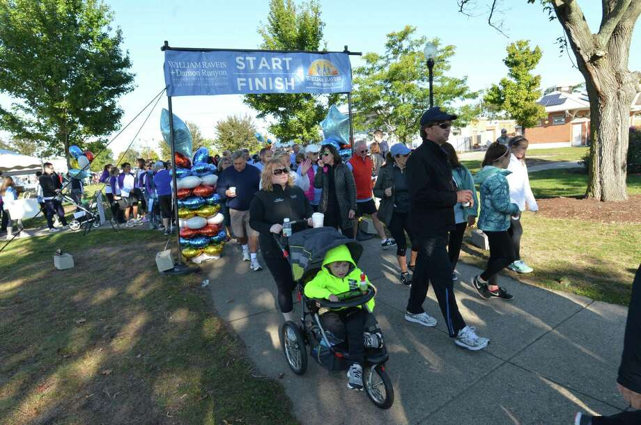 The 5K walk starts at the 3rd annual William Raveis Ride + Walk at Calf Pasture Beach in Norwalk Conn. on Sunday, Oct. 1 to raise funds to support scientists through the Damon Runyon Cancer Research Foundation. Photo: Alex Von Kleydorff / Hearst Connecticut Media / Norwalk Hour