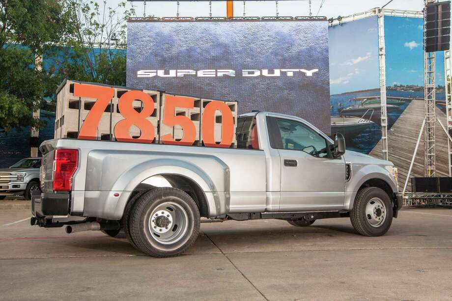Ford's 2020 Super Duty pickups with standard 6.2-liter gas V8 have a payload capacity of up to 7,850 pounds.