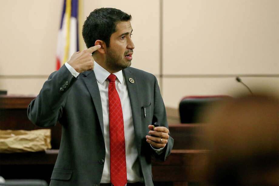 Prosecutor Ryan Groomer talks about the point of entry of the fatal gunshot during closing arguments in the murder trial of Cameron Roby on Friday, Sept. 27. Photo: Marvin Pfeiffer /Staff Photographer / Express-News 2019