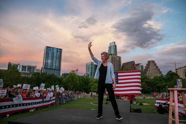 Sen. Elizabeth Warren (D-Mass.), campaigns in Austin, Texas on Sept. 10, 2019. Warren continues to make inroads among the Democratic party's progressive base. (Ilana Panich-Linsman/The New York Times)