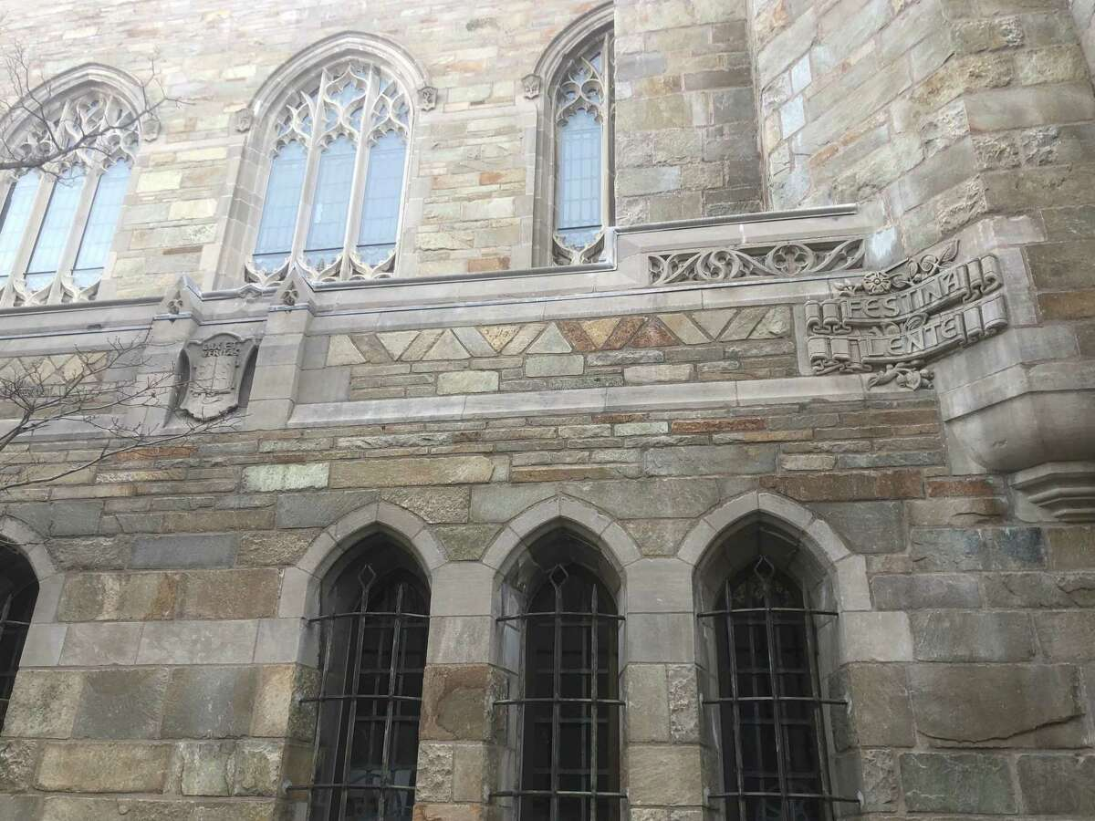 Sterling Memorial Library at Yale University
