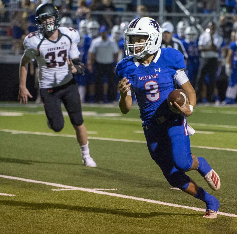 Midland Christian's Ryver Rodriguez looks up field on his way to a touchdown 09/27/19 against FW Christian at Gordon Awtry Field. Tim Fischer/Reporter-Telegram Photo: Tim Fischer/Midland Reporter-Telegram