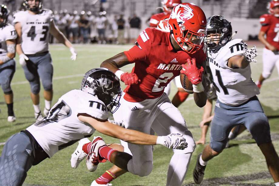 Dean Blondmonville and Martin host Southwest at 7:30 p.m. Friday. The Tigers look to move to 3-0 in district with a win over the Dragons. Photo: Cuate Santos /Laredo Morning Times File / Laredo Morning Times
