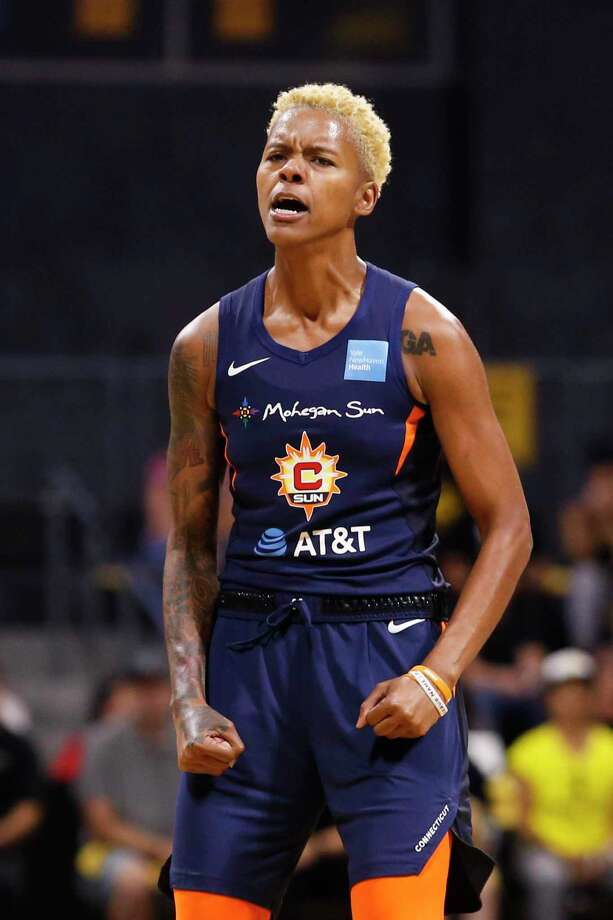 The Connecticut Sun's Courtney Williams (10) reacts after making a shot against the Los Angeles Sparks in the WNBA semifinals. Photo: Ringo H.W. Chiu / Associated Press / Copyright 2019 Associated Press. All rights reserved.