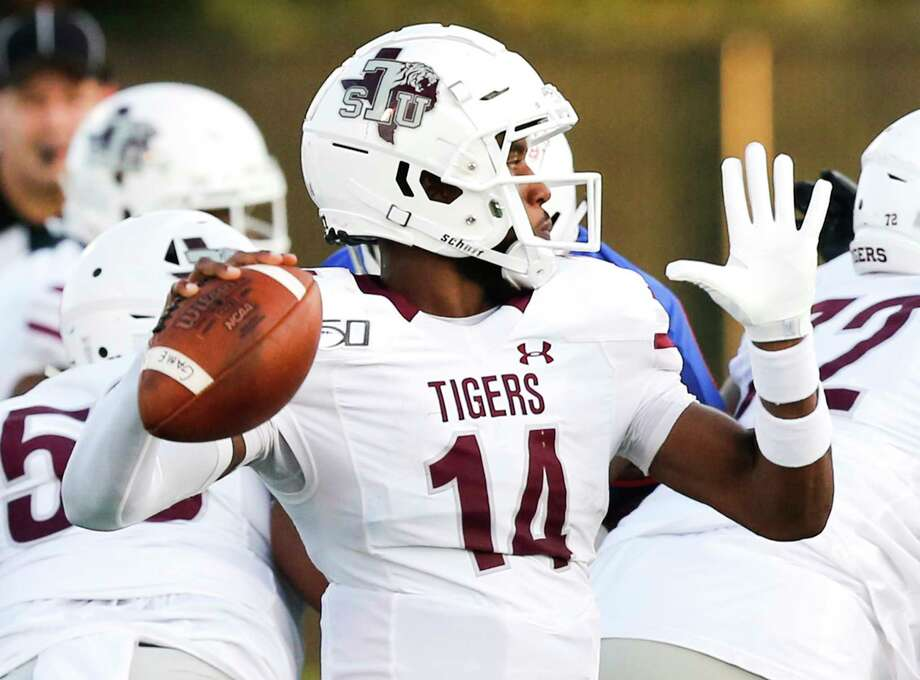 Texas Southern Tigers quarterback De'Andre Johnson (14) gets ready to throw the ball in the first quarter against Houston Baptist University on Saturday, Sept. 28, 2019 in Houston. Photo: Elizabeth Conley, Staff Photographer / © 2018 Houston Chronicle