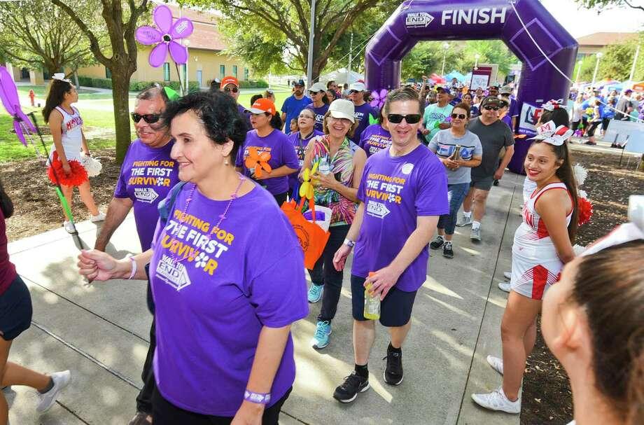 Laredo's Walk to End Alzheimer's has already surpassed its $60,000 goal raising nearly $90,000 as of Saturday. Photo: Danny Zaragoza /Laredo Morning Times / Laredo Morning Times