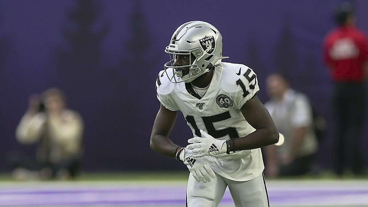 Oakland Raiders wide receiver J.J. Nelson gets into position for a play during an NFL football game, Sunday, Sept. 22, 2019, in Minneapolis. (AP Photo/Jim Mone)