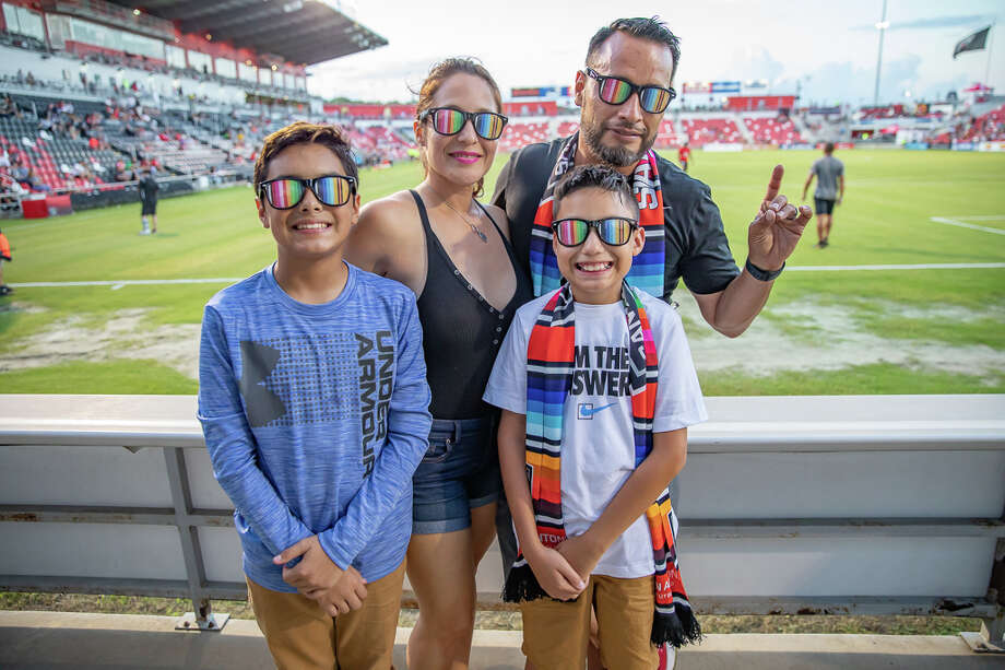 In honor of Hispanic Heritage Month, San Antonians made their way to the SAFC soccer game on Saturday, September 28, 2019. Photo: Joel Pena