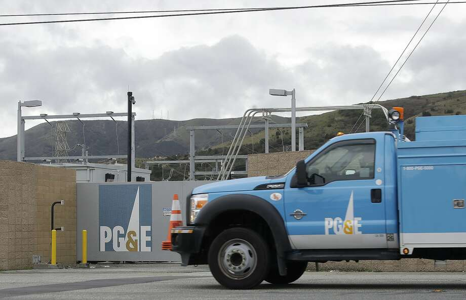 This Feb. 1, 2019 file photo shows a Pacific Gas & Electric truck in Daly City, Calif. (AP Photo/Jeff Chiu, File) Photo: Jeff Chiu / Associated Press