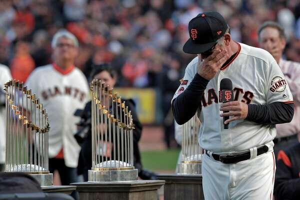 Bruce Bochy breaks baseball's golden rule on his final day