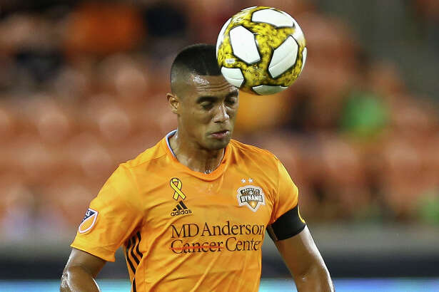 Houston Dynamo forward Mauro Manotas (9) controls the ball with his head against Minnesota United FC during the first half of an MLS match at BBVA Stadium Wednesday, Sept. 11, 2019, in Houston. The Dynamo won 2-0.