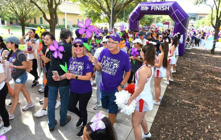 Participants in the 2019 Walk to End Alzheimer's take the lead as the group makes their way around TAMIU on Saturday. Photo: Danny Zaragoza /Laredo Morning Times / Laredo Morning Times