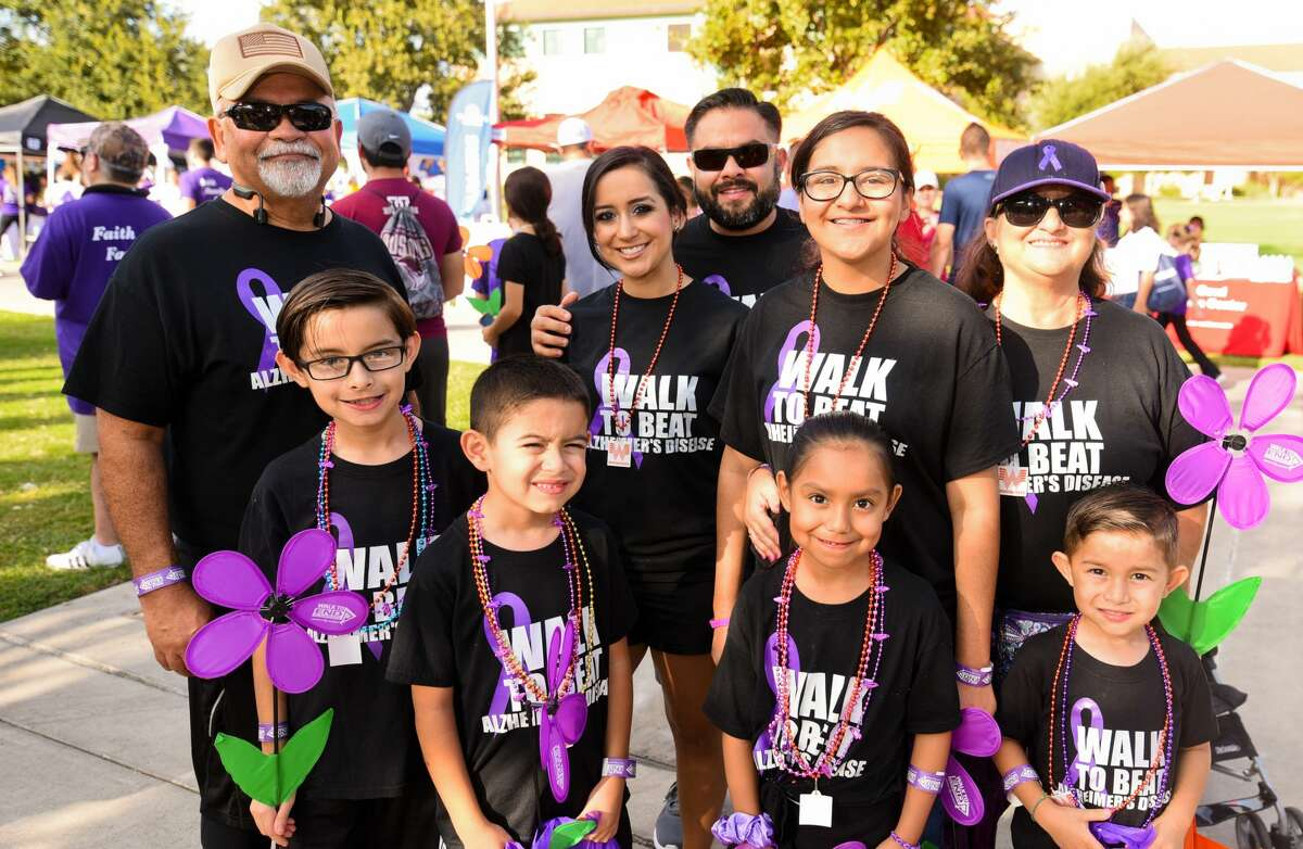 Participants show their support in the 2019 Walk to End Alzheimer's on Saturday, Sep. 28, 2019, at TAMIU.