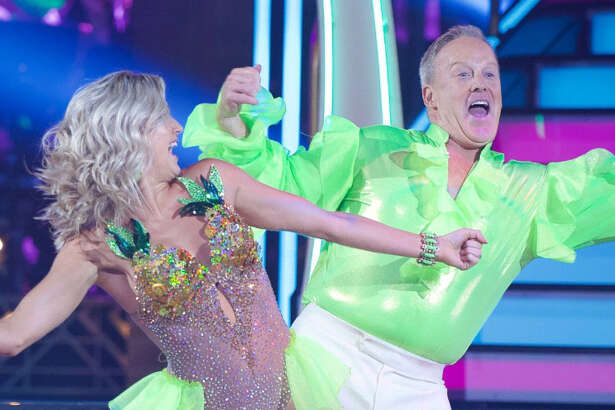 "Lindsay Arnold and Sean Spicer on ""Dancing With the Stars."" 6.2.6"