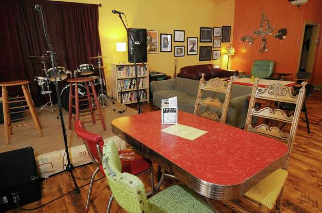 Some of the layout & decor at The Bread and Jam Cafe.   (Luanne M. Ferris/Times Union) Photo: LUANNE M. FERRIS