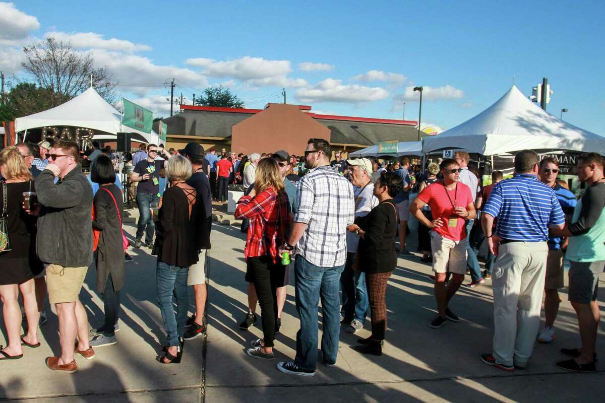 The 2019 Southern Smoke culinary festival will take place on Oct. 6 featuring two dozen of the state's and country's top culinary talents. Shown: Festival-goers at Southern Smoke 2017.