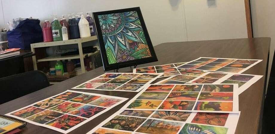 Las obras de arte fueron seleccionadas minuciosamente para la exhibición en la Galería 201. Photo: /