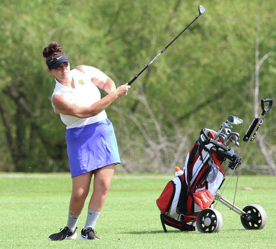Roxana's Sarah Floyd hits a fairway wood during the Madison County girls golf tourney Sept. 11 at The Legacy in Granite City. On Monday at Indian Springs in Fillmore, shot 105 to earn all-conference honors in the SCC Tourney. Photo: Greg Shashack / The Telegraph
