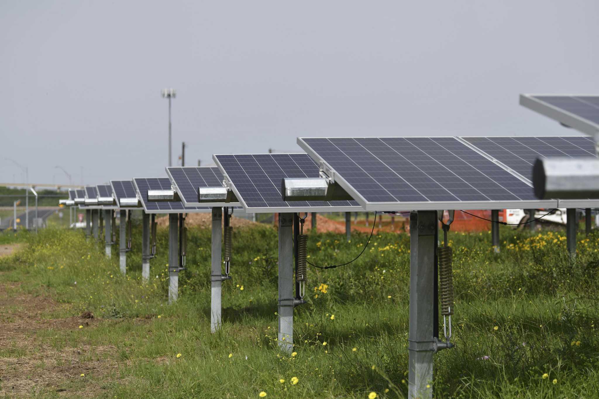 Wells Fargo inks solar deal with NRG
