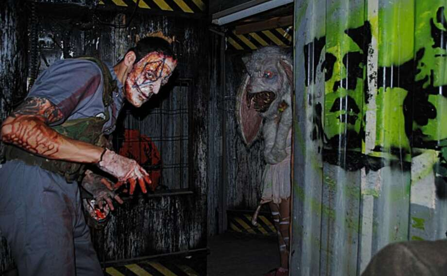 Phobia, known as Houston's scariest haunted house experience, held grand opening Sept. 28 at their new location.  Photo: Phobia/ Darke.com