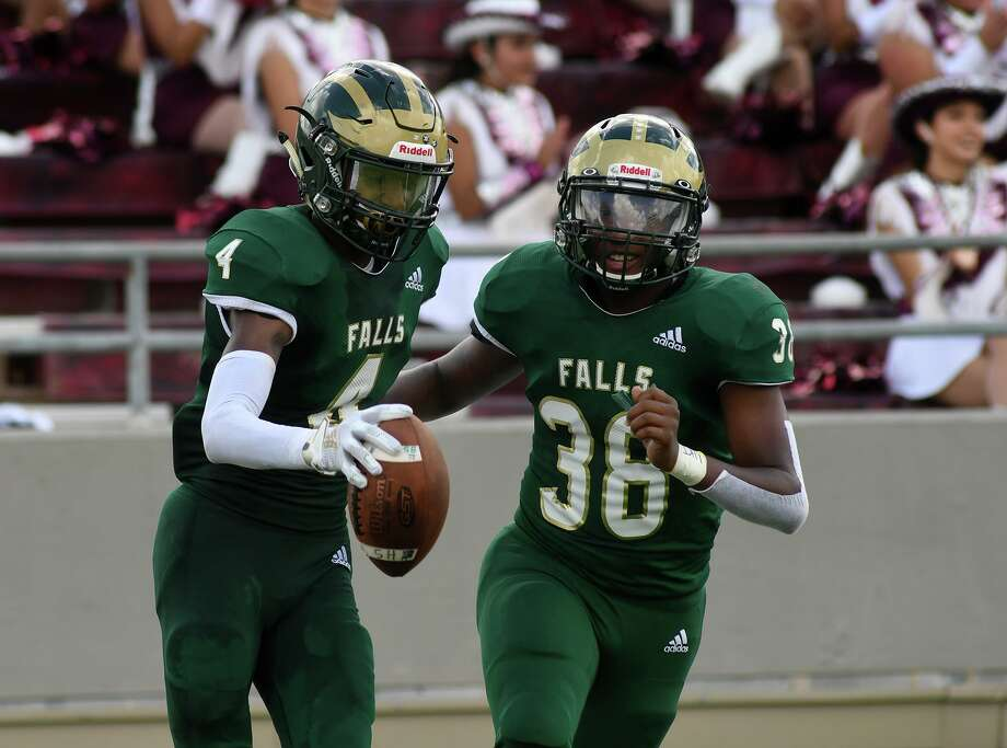 Both Cy Falls and Cy-Fair enter their matchup unbeaten, meaning the winner of this weekend's content will have a leg up toward winning the district. Photo: Jerry Baker, Houston Chronicle / Contributor / Houston Chronicle