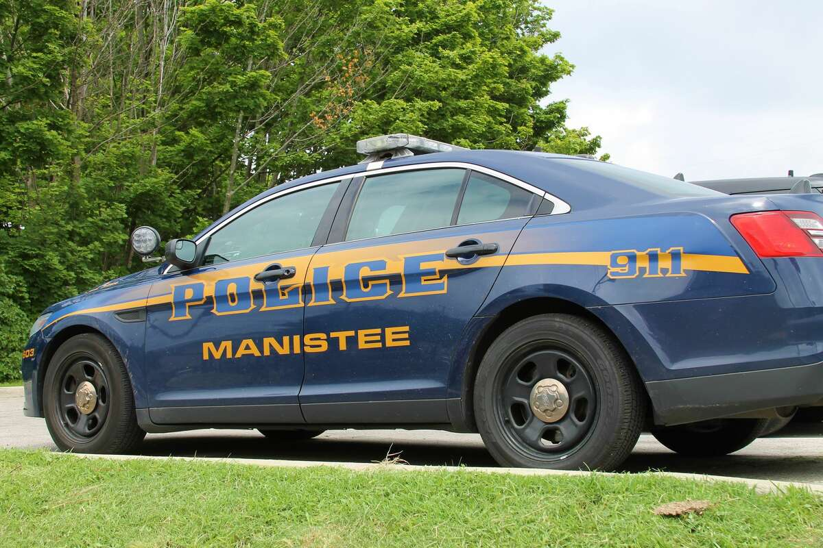 A City of Manistee Police vehicle parked in downtown Manistee. (News Advocate File Photo)