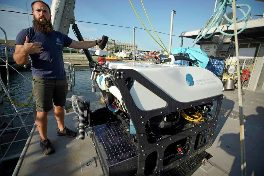 Jeffrey Laning, a ROV pilot and electrical engineer, with Yogi the ROV aboard the R/V Manta in the Flower Garden Banks National Marine Sanctuary at the Texas A&M University Galveston. Photo: Melissa Phillip, Staff Photographer / © 2019 Houston Chronicle
