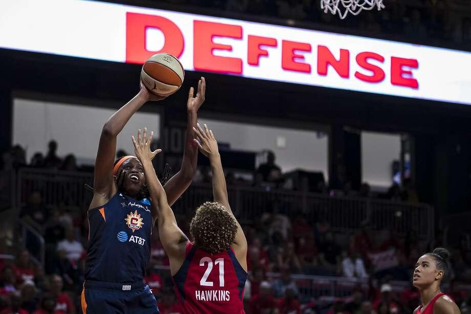 Jonquel Jones leads Sun's win over Mystics in Game 2 of WNBA Finals