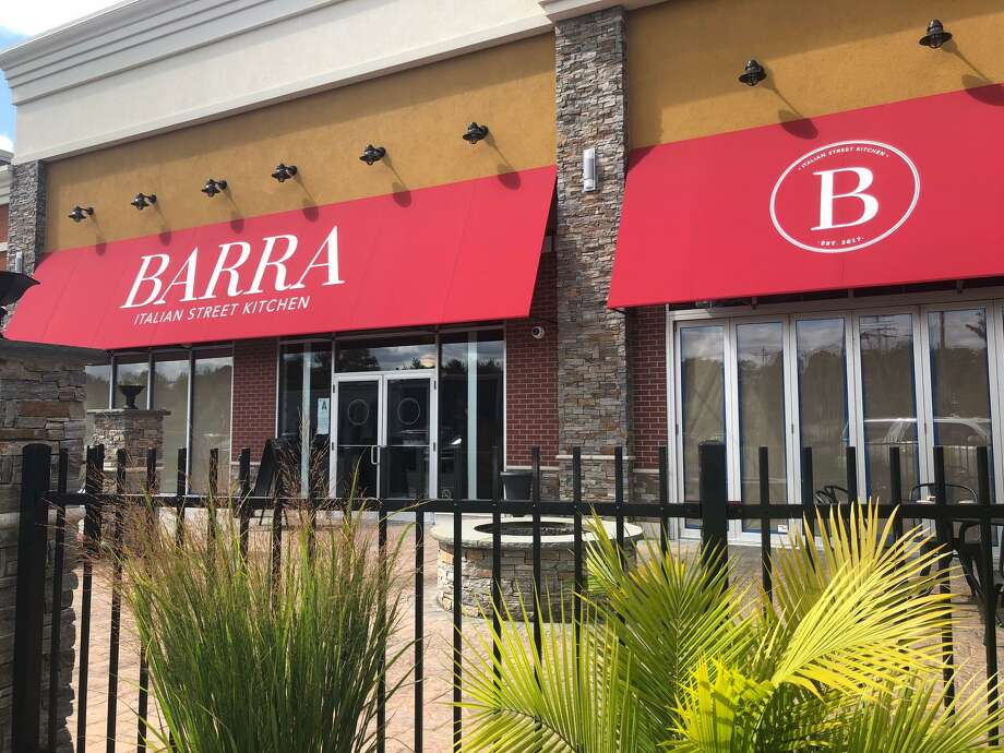 The space that formerly housed Barra Italian Street Kitchen will be home to an Italian eatery come November. Photo: Brian Gioiele / Hearst Connecticut Media / Connecticut Post