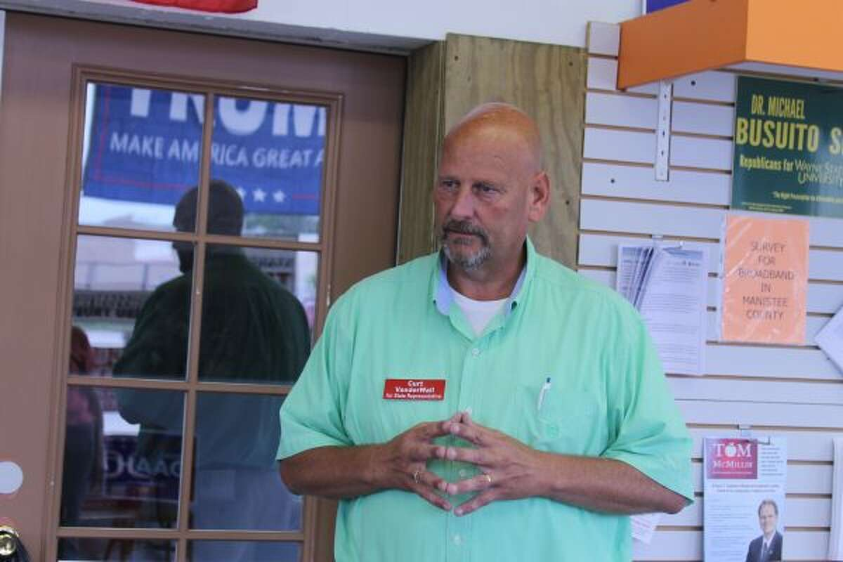 101st District House of Representatives Republican candidate Curt VanderWall spoke to constituents and answered their questions Friday during the opening of the Manistee County Republicans office on Cypress Street. (Sean Bradley/News Advocate)