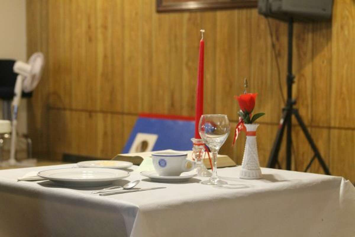 The American Legion Post No. 10 in Manistee held an Armistice Day commemoration ceremony. The post also held a reading on POW/MIA, with a traditional ceremonial table setting. (Ashlyn Korienek/News Advocate)