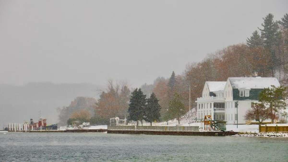 Light snow fell on Sunday near Portage Point Inn in Onekama. (Jane Fish/Courtesy Photo)