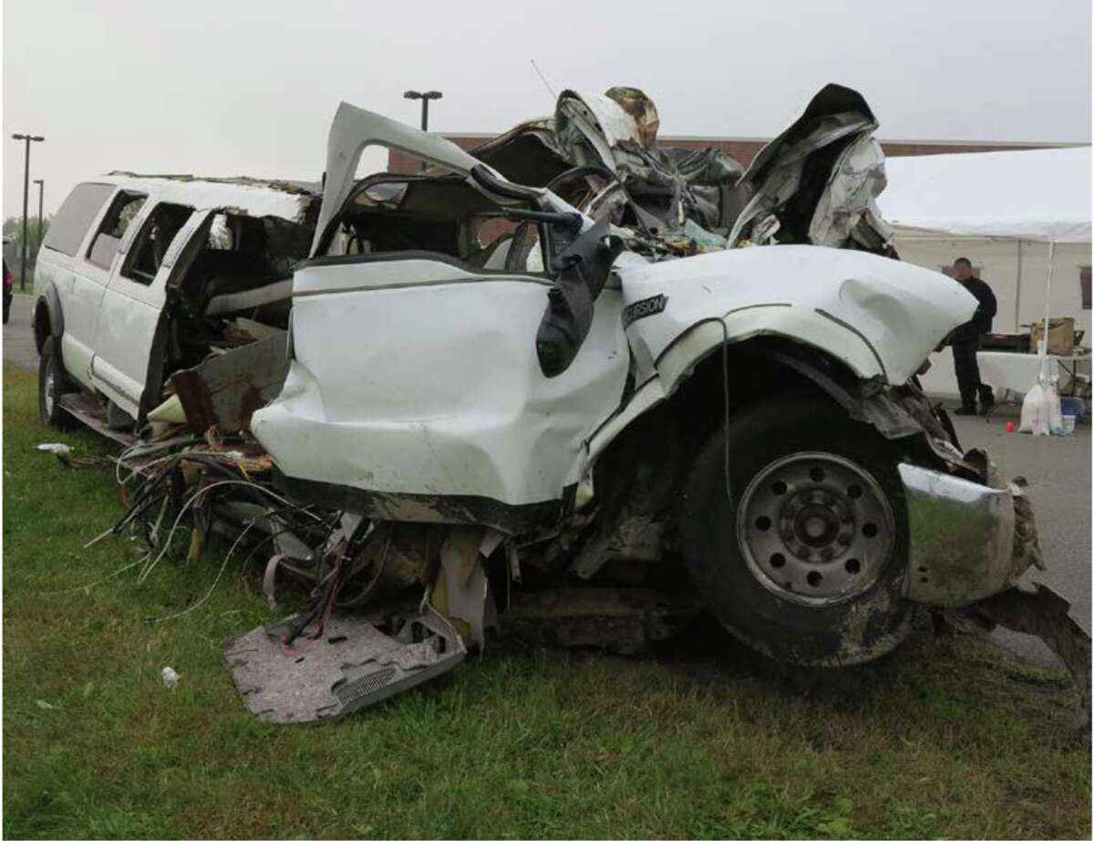 The National Transportation Safety Board on Wednesday released detailed photographs and other images of the limousine that crashed in Schoharie on October 6, killing 20.