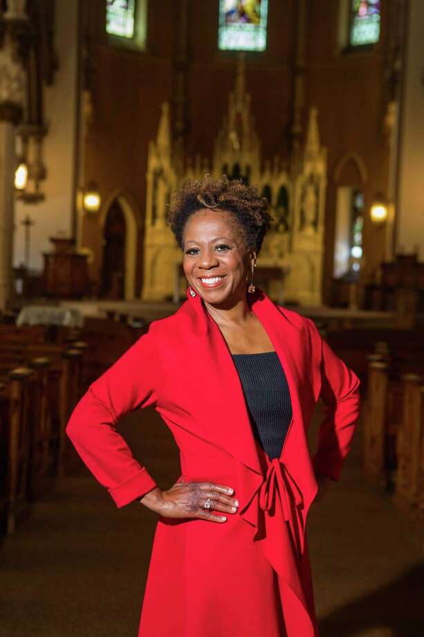 Professional singer and choir director Angela Clemmons will lead a volunteer community gospel choir for Griffin Hospital's Valley Soul Holiday Concert this December. Photo: Contributed Photo.