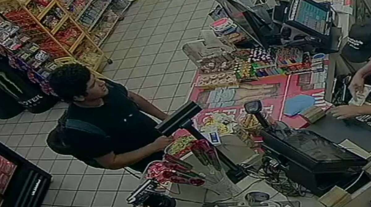 SAPD is searching for the suspect accused of shooting a man to death.