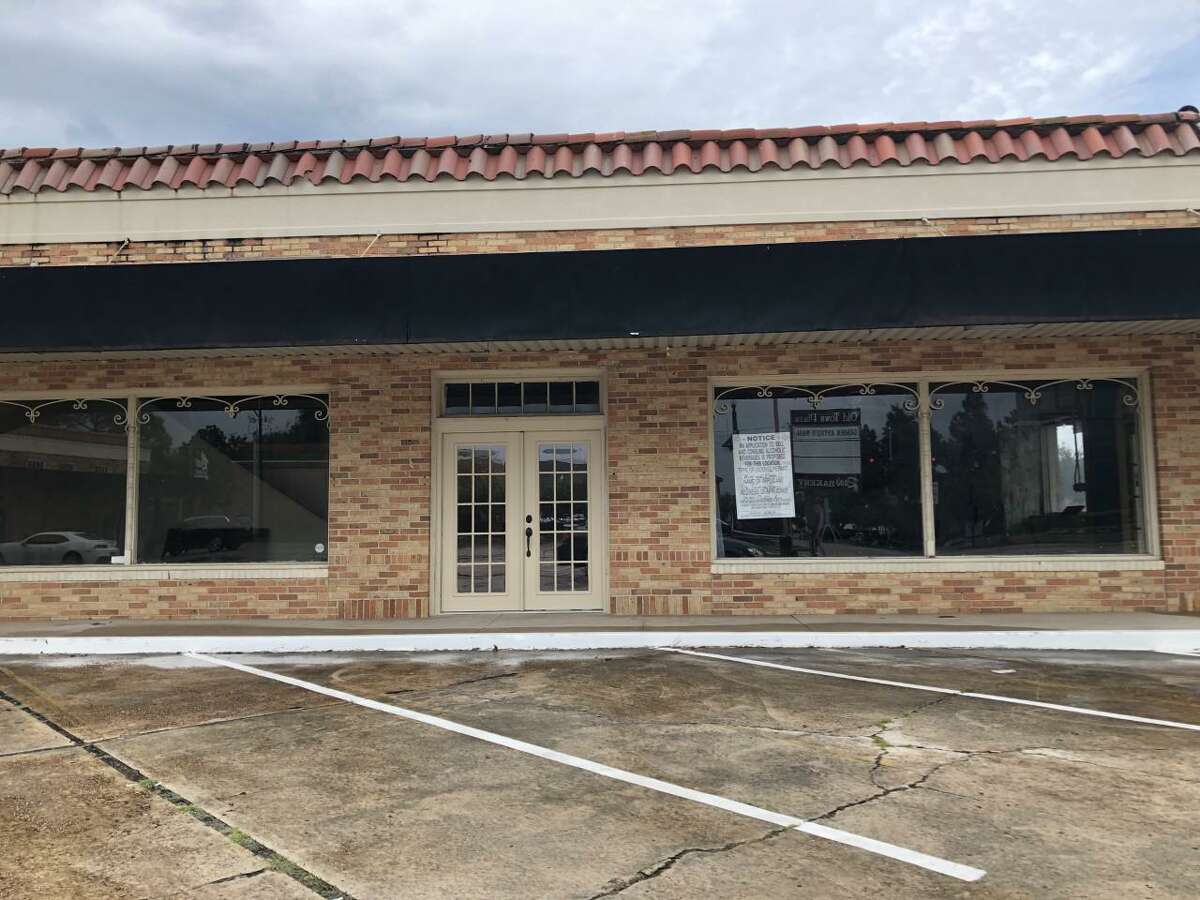 Cotton Creek Winery owners Traci and Artie Tucker have requested permitting for a new location, aptly named The Tasting Room, at the Old Town Plaza on Calder Avenue currently only occupied by Rao's Bakery.