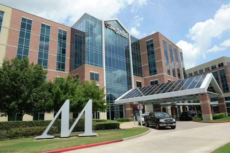 Houston Methodist will move 26,000 employees to a new health insurance plan administered by Allegiance, a subsidiary of Cigna, the latest swing in a prolonged fight with UnitedHealthcare. UnitedHealthcare dropped Houston Methodist from its network at the beginning of the year, affecting some 100,000 patients. Photo: Craig Moseley, Houston Chronicle / Staff Photographer / ©2019 Houston Chronicle