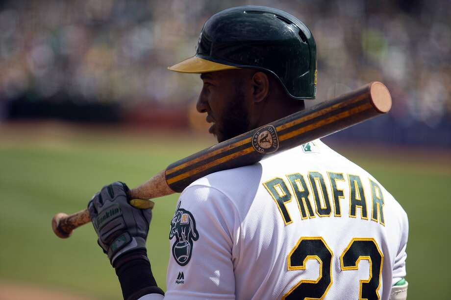 Oakland Athletics' Jurickson Profar hit 20 home runs, but had 13 errors while playing second base in 2019. Photo: D. Ross Cameron / Associated Press