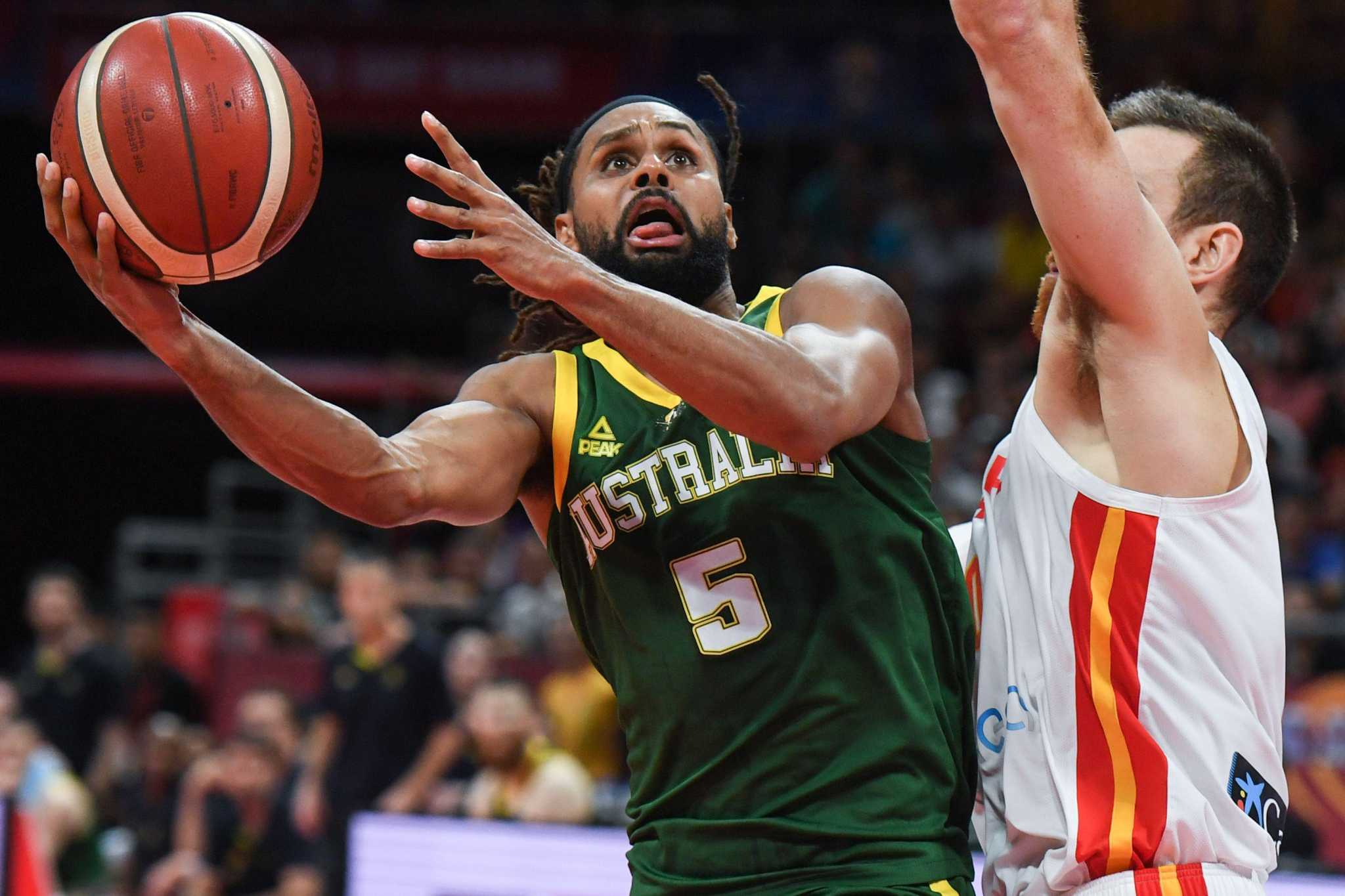 After 'life-changing' summer, Spurs' Mills back on the job