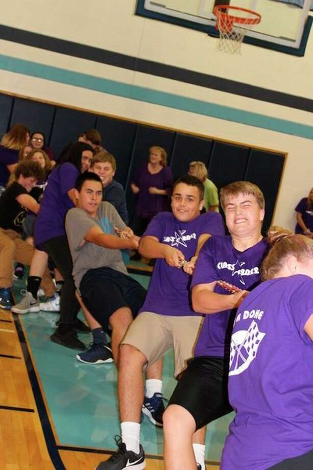Members of the sophomore class give it their all in the tug-of-war competition.(Courtesy photo) / BrethrenYB