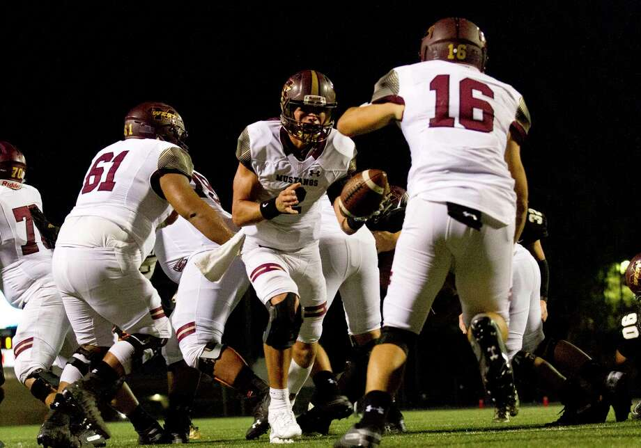 The Tomball Cougars kicked off District 8-5A with a 42-31 loss against Magnolia West, Sept. 27, at Mustang Stadium. Photo: Jason Fochtman, Houston Chronicle / Staff Photographer / Houston Chronicle
