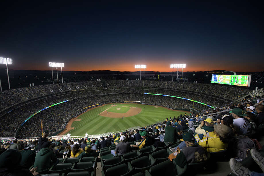 The Oakland Athletics are looking to make a deal for the City of Oakland's share of the Coliseum-Arena land. Photo: Douglas Zimmerman/SFGate.com / SFGate.com