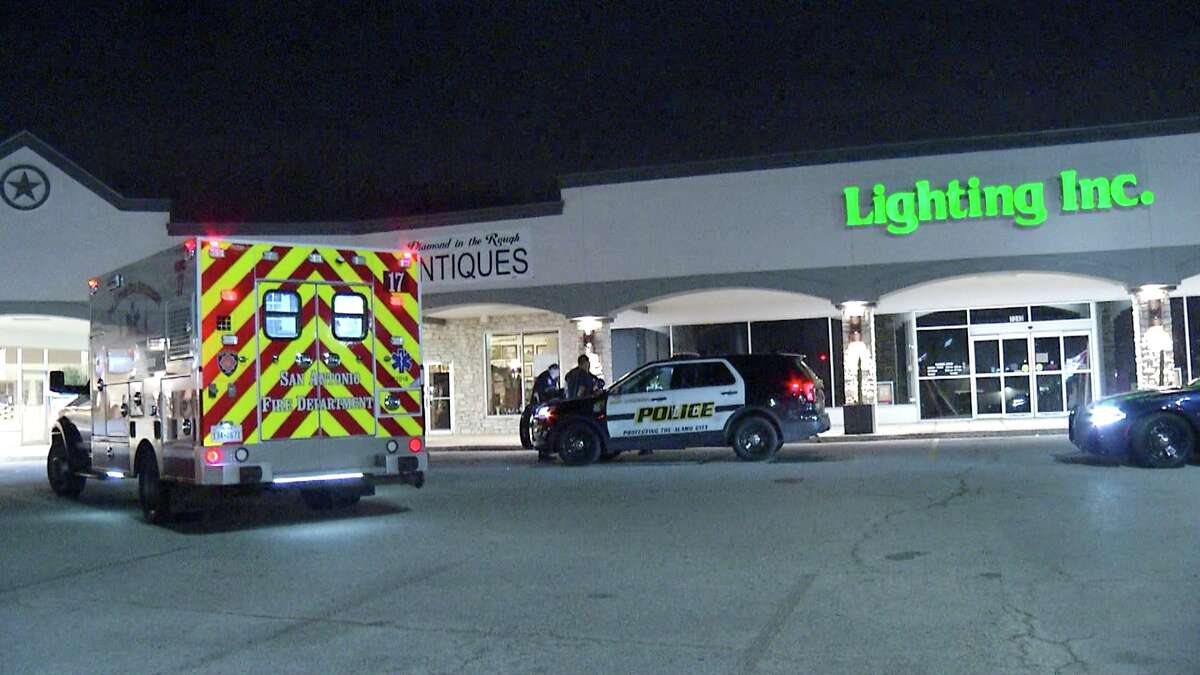 SAPD and Castle Hills police arrested a man Thursday morning who they say robbed a North Side Circle K.
