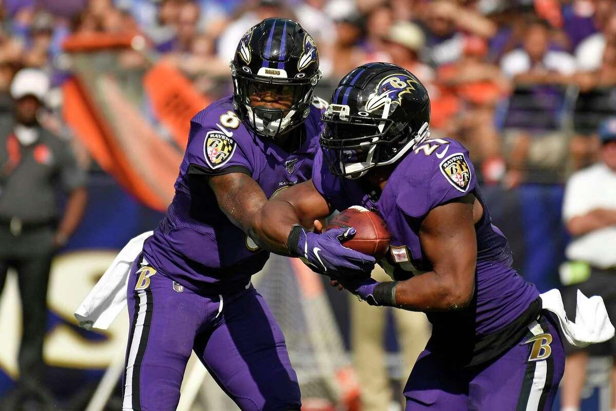 Baltimore minus-3½ at Pittsburgh Ravens 21-20