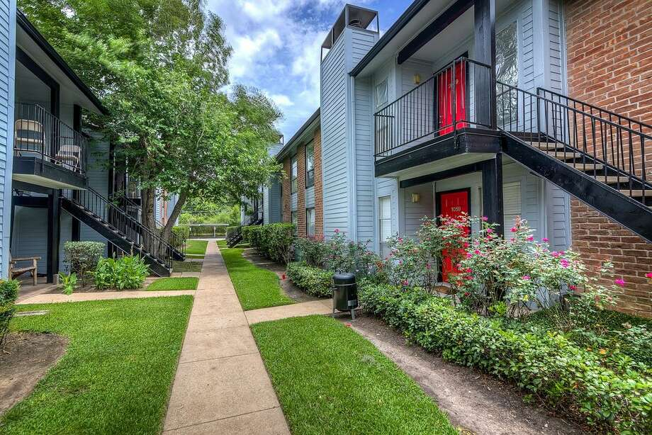 Western Wealth Capital has acquired 10 apartment properties in the Houston market, including this complex in the Clear Lake area. Photo: Western Wealth Capital  / Copyright 2019 Park and Sixth LLC all rights reserved