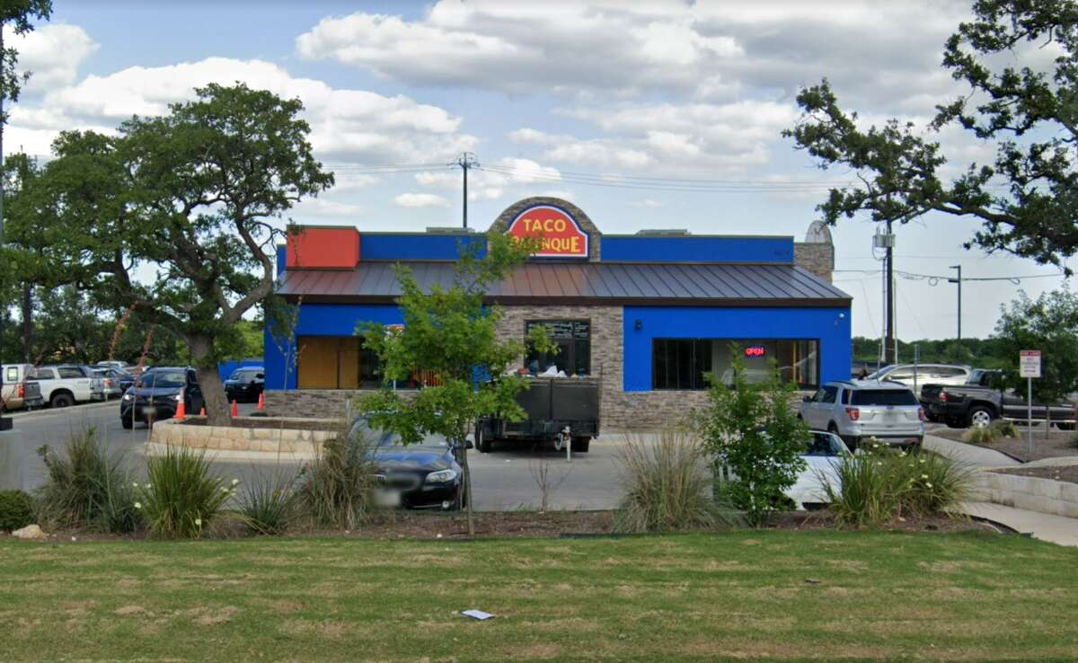 Taco Palenque: 6614 Loop 1604 North Date: 10/03/2019 Score: 87 Highlights: Inspectors observed